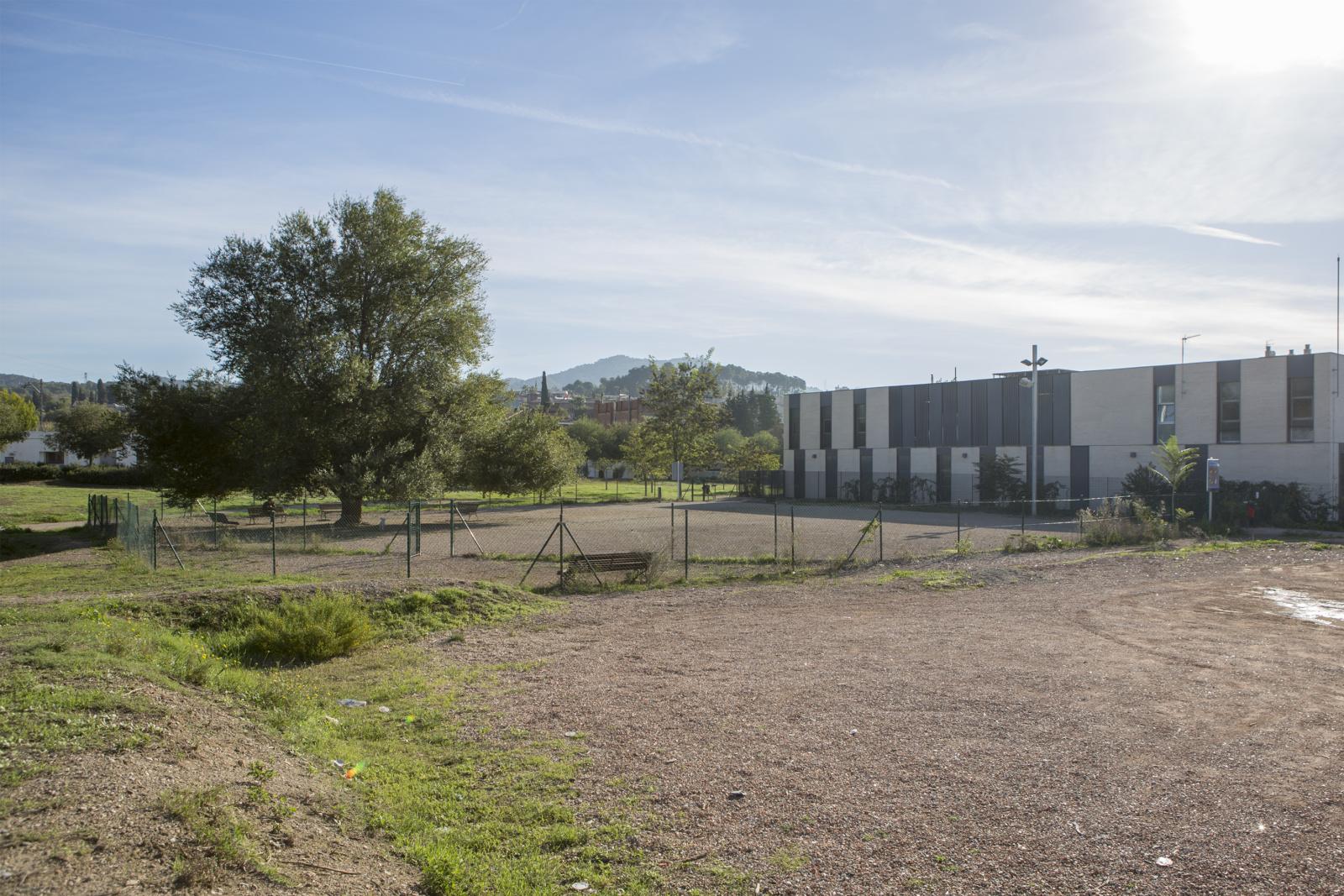 Cinc equips finalistes per dissenyar l'edifici de la nova residència